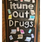 FREE! itune Out Drugs Door Decoration
